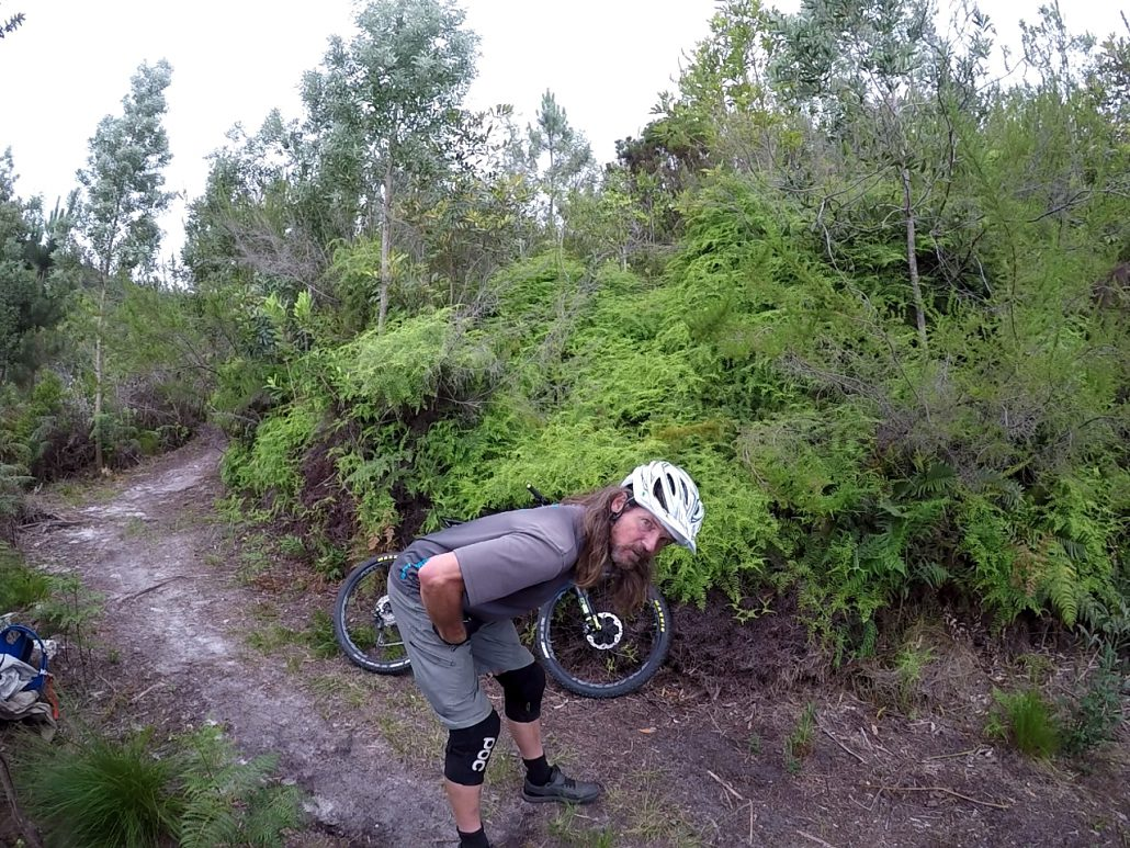 mountain bike body position, video tutorial
