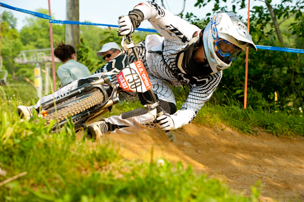 Mitch cornering foot down. Thanks to Decline Mag for the photo.